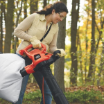 Best Leaf Blower Vacuums for Wet Leaves